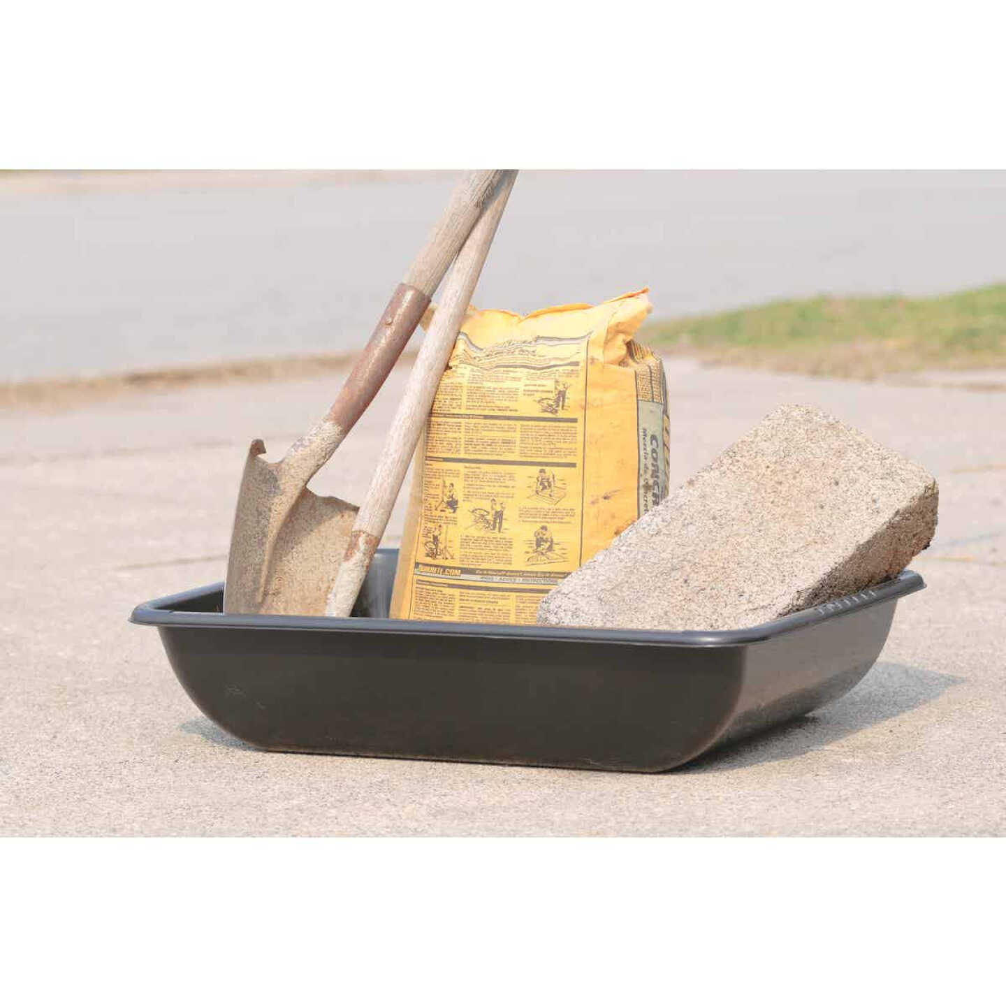 Heavy-Duty Large 37.6 In. Concrete Mixing Tub Image 14