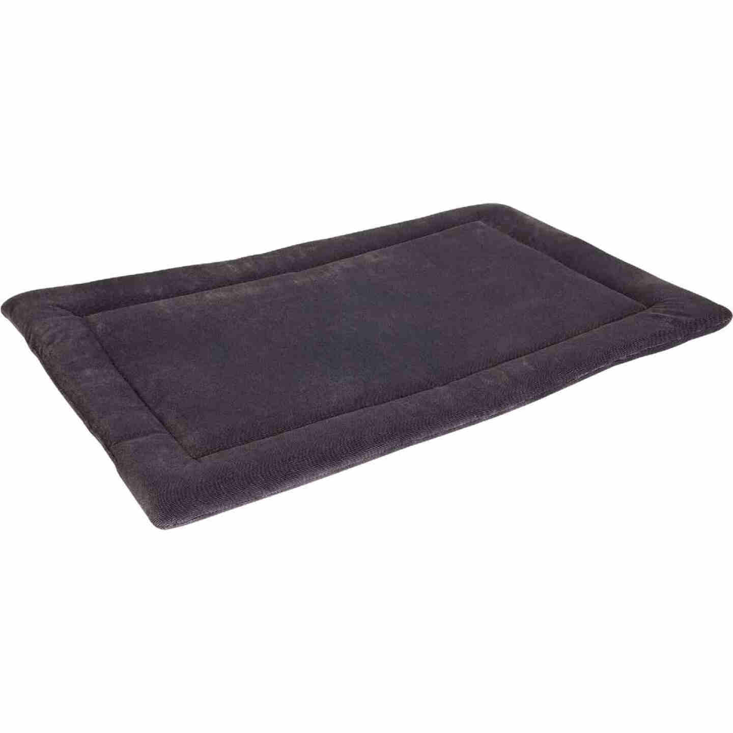 Petmate Aspen Pet 32 In. W. x 21 In. L. Woven Plush/Polyester Batting Kennel Mat Dog Bed Image 1